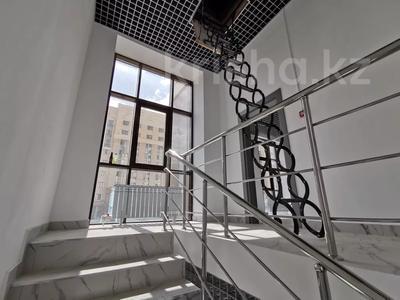 Здание, площадью 1250 м², Бухар жырау 19 — проспект Мангилик Ел за 650 млн 〒 в Нур-Султане (Астана), Есиль р-н — фото 5