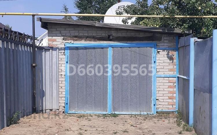 3-комнатный дом, 90 м², 5 сот., Маяковского — Комарова за 7.5 млн 〒 в Костанае