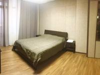 2-комнатная квартира, 75 м², 35/35 этаж по часам, Байтурсынова 5 за 2 500 〒 в Нур-Султане (Астане), Алматы р-н