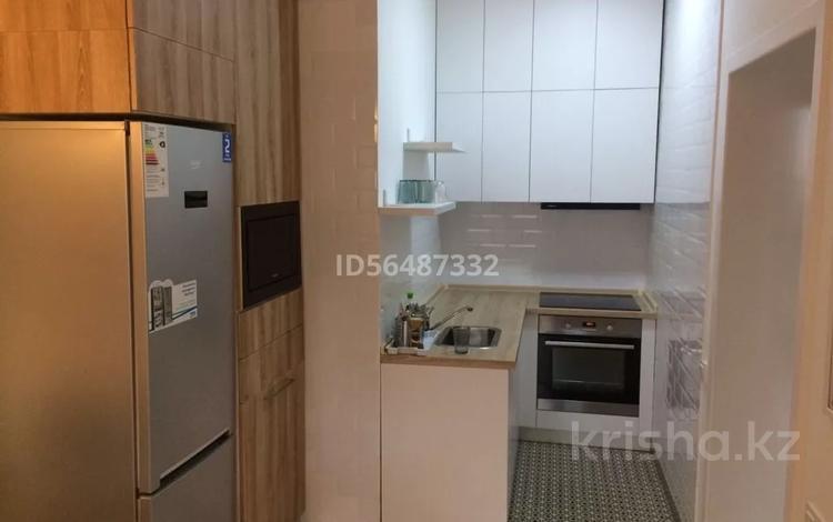 2-комнатная квартира, 50 м², 7/9 этаж помесячно, Панфилова 17 за 220 000 〒 в Нур-Султане (Астана)