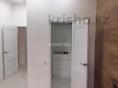 2-комнатная квартира, 50 м², 7/9 этаж помесячно, Панфилова 17 за 220 000 〒 в Нур-Султане (Астана) — фото 16