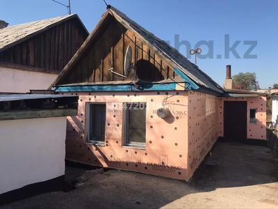 2-комнатный дом, 30 м², Кувская за 6 млн 〒 в Караганде, Казыбек би р-н — фото 6