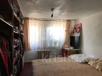 2-комнатный дом, 30 м², Кувская за 6 млн 〒 в Караганде, Казыбек би р-н — фото 11