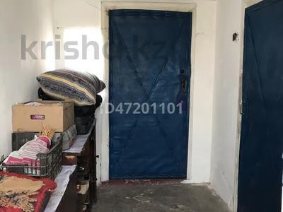 2-комнатный дом, 30 м², Кувская за 6 млн 〒 в Караганде, Казыбек би р-н — фото 13