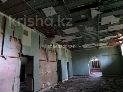 Здание, площадью 450 м², Фурмонова 4 за 5 млн 〒 в Темиртау — фото 3