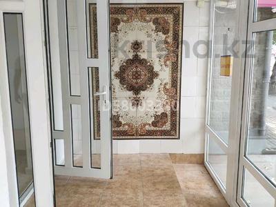 Магазин площадью 80 м², Габидена Мустафина 28 — Аль-Фараби за 690 000 〒 в Алматы — фото 4