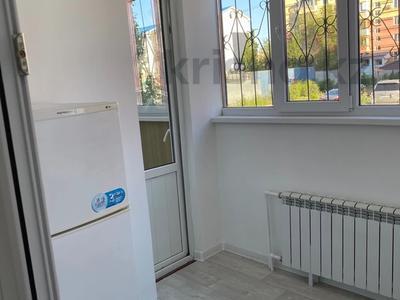 1-комнатная квартира, 55 м², 1/5 этаж посуточно, Мкр Каратал 59 в за 15 000 〒 в Талдыкоргане — фото 9