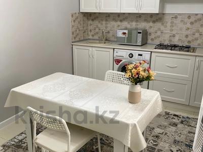 1-комнатная квартира, 55 м², 1/5 этаж посуточно, Мкр Каратал 59 в за 15 000 〒 в Талдыкоргане — фото 11
