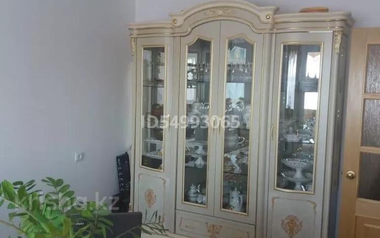 4-комнатная квартира, 96 м², 3/5 этаж, Каженбаева 1 за 23 млн 〒 в Атырау