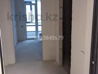 1-комнатная квартира, 45 м², 8/12 этаж, Туран за 18.4 млн 〒 в Нур-Султане (Астана), Есиль р-н — фото 3