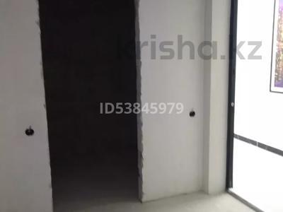 1-комнатная квартира, 45 м², 8/12 этаж, Туран за 18.4 млн 〒 в Нур-Султане (Астана), Есиль р-н — фото 14