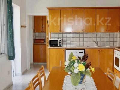 4-комнатный дом, 232 м², 5 сот., Пейя, Пафос за 155 млн 〒