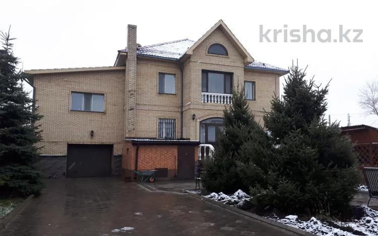 7-комнатный дом, 450 м², 9 сот., Гончарная — Бухар Жырау за 156 млн 〒 в Караганде