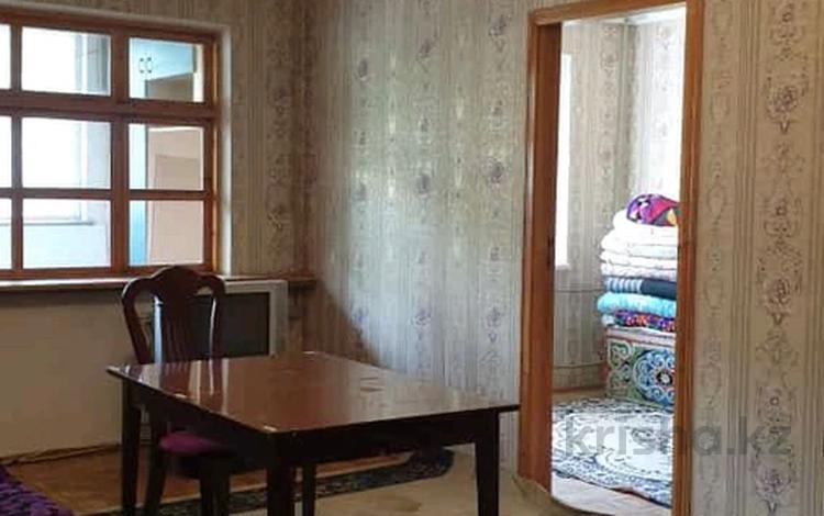 4-комнатная квартира, 80 м², 1/5 этаж, 8-й микрорайон 8 за 27 млн 〒 в Шымкенте
