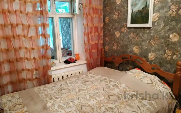 3-комнатная квартира, 68 м², 1/2 этаж, Гагарина 9а за 23.5 млн 〒 в Алматы, Бостандыкский р-н