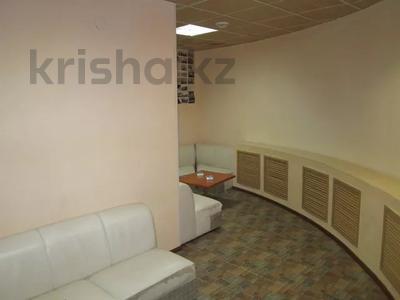 Здание, площадью 3237 м², бульвар Наурыз 2А за 408.6 млн 〒 в Аксае — фото 18