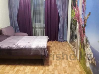 2-комнатная квартира, 60 м², 2/5 этаж помесячно, Кирова за 135 000 〒 в Усть-Каменогорске — фото 3