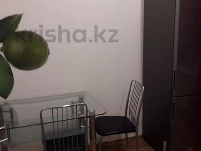 2-комнатная квартира, 60 м², 2/5 этаж помесячно, Кирова за 135 000 〒 в Усть-Каменогорске — фото 4