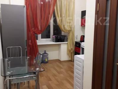 2-комнатная квартира, 60 м², 2/5 этаж помесячно, Кирова за 135 000 〒 в Усть-Каменогорске — фото 6