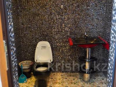 6-комнатный дом, 350 м², 7.5 сот., мкр Алатау за 110 млн 〒 в Алматы, Бостандыкский р-н — фото 27