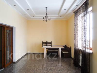 6-комнатный дом, 350 м², 7.5 сот., мкр Алатау за 110 млн 〒 в Алматы, Бостандыкский р-н — фото 14