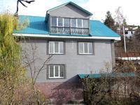 8-комнатный дом, 336 м², 12 сот.