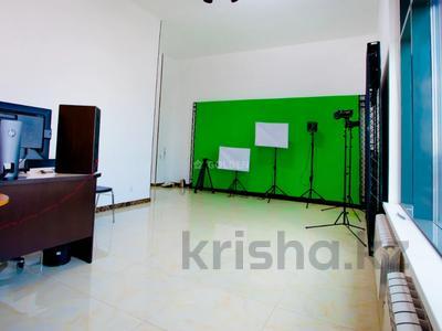 Офис площадью 170 м², проспект Тауелсиздик 39 — проспект Бауыржана Момышулы за ~ 66.7 млн 〒 в Нур-Султане (Астана) — фото 13