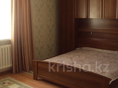 3-комнатная квартира, 95 м², 10/22 этаж помесячно, Иманова 17 за 170 000 〒 в Нур-Султане (Астана), р-н Байконур — фото 3