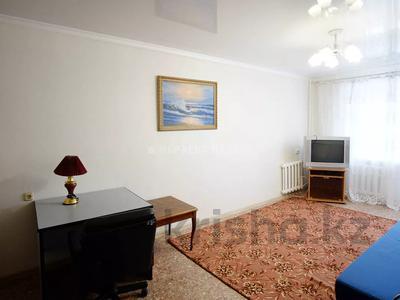 1-комнатная квартира, 35 м², 2/3 этаж, Сембинова за 9.3 млн 〒 в Нур-Султане (Астана), р-н Байконур