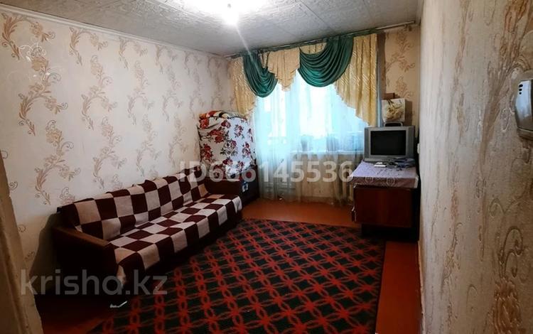 1-комнатная квартира, 36 м², 3/5 этаж, 11 мкр 30 за 6.5 млн 〒 в Таразе