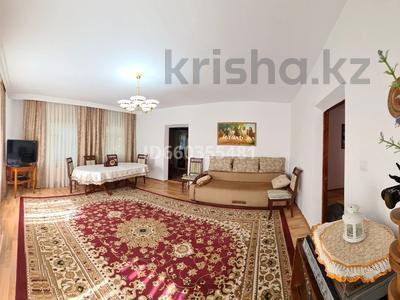 5-комнатный дом, 135 м², 10 сот., Жиенбаева — Ташкентская за 21 млн 〒 в Актобе, Старый город