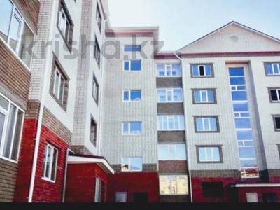 1-комнатная квартира, 55 м², 3 этаж посуточно, проспект Санкибай Батыра 18/1 за 7 000 〒 в Актобе, мкр. Батыс-2 — фото 5