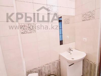 1-комнатная квартира, 55 м², 3 этаж посуточно, проспект Санкибай Батыра 18/1 за 7 000 〒 в Актобе, мкр. Батыс-2 — фото 3