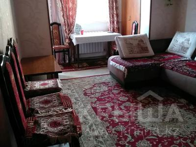 2-комнатная квартира, 38 м², 4/4 этаж, 17 микрорайон 25 за ~ 9 млн 〒 в Шымкенте, Енбекшинский р-н — фото 2