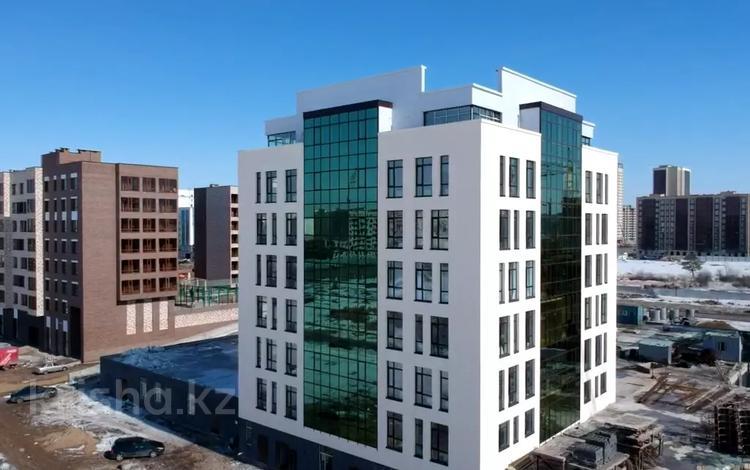 1-комнатная квартира, 34 м², 4/9 этаж, Кайым Мухамедханов 21 за 10.2 млн 〒 в Нур-Султане (Астана), Есиль р-н