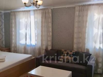 1-комнатная квартира, 35 м², 2/4 этаж посуточно, Саргул 7 за 6 999 〒 в Нур-Султане (Астана), Есиль р-н — фото 2