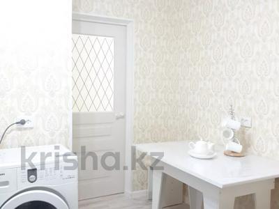 2-комнатная квартира, 40 м², 3/5 этаж помесячно, Казбек би 103 — Абая за 180 000 〒 в Таразе — фото 8