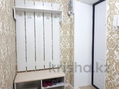 2-комнатная квартира, 40 м², 3/5 этаж помесячно, Казбек би 103 — Абая за 180 000 〒 в Таразе — фото 9