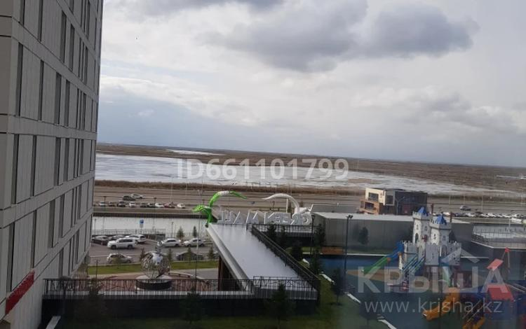4-комнатная квартира, 125 м², 5/22 этаж помесячно, Е-10 17л за 600 000 〒 в Нур-Султане (Астана), Есиль р-н