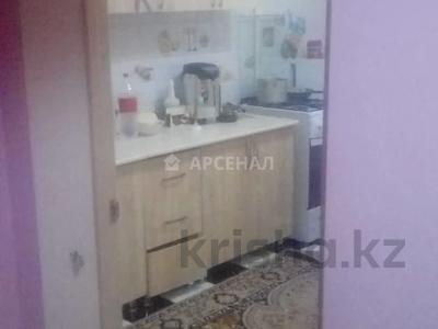 1-комнатная квартира, 33 м², 1/5 этаж, мкр Аксай-3А, Мкр Аксай-3А за 13.5 млн 〒 в Алматы, Ауэзовский р-н — фото 4