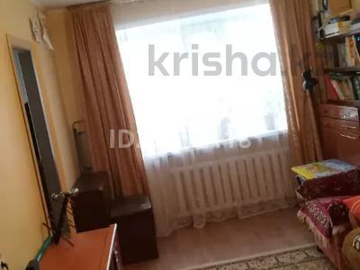 2-комнатная квартира, 40.1 м², 1/5 этаж, 15 мкр 10 за 7.2 млн 〒 в Караганде, Октябрьский р-н — фото 2