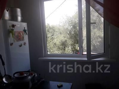 3-комнатная квартира, 68 м², 2/5 этаж, Кұрманғазы 32 за 7 млн 〒 в Жаркенте — фото 3