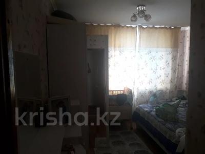 3-комнатная квартира, 68 м², 2/5 этаж, Кұрманғазы 32 за 7 млн 〒 в Жаркенте — фото 6