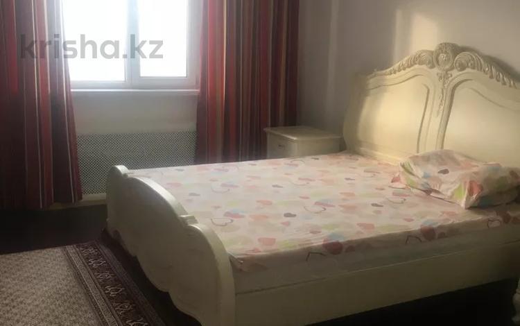 2-комнатная квартира, 70 м², 14/14 этаж посуточно, Масанчи 98 в — Абая за 10 000 〒 в Алматы