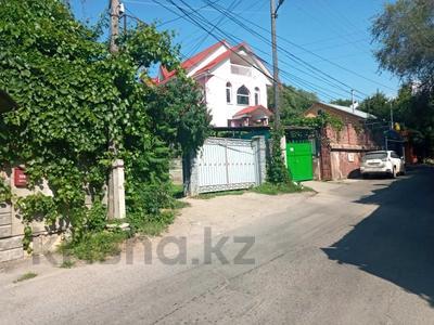 4-комнатный дом помесячно, 180 м², 8 сот., Таттимбета 396 за 600 000 〒 в Алматы, Медеуский р-н — фото 7