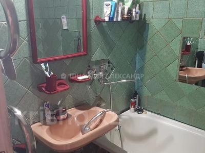 3-комнатная квартира, 65 м², 9/10 этаж, Таттимбета 10 за 21 млн 〒 в Караганде, Казыбек би р-н