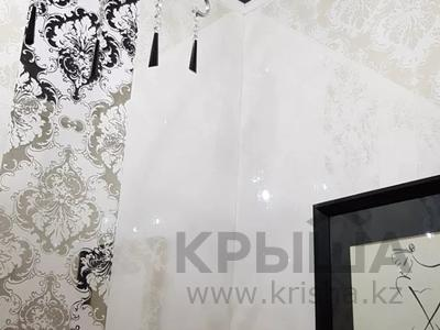 4-комнатная квартира, 170 м², 3/6 этаж помесячно, Калдаякова 2 за 685 000 〒 в Нур-Султане (Астана), Алматинский р-н — фото 11