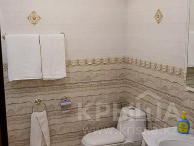 4-комнатная квартира, 170 м², 3/6 этаж помесячно, Калдаякова 2 за 685 000 〒 в Нур-Султане (Астана), Алматинский р-н — фото 18
