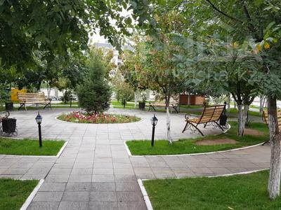 4-комнатная квартира, 170 м², 3/6 этаж помесячно, Калдаякова 2 за 685 000 〒 в Нур-Султане (Астана), Алматинский р-н — фото 36