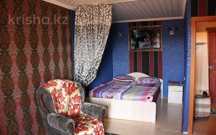 1-комнатная квартира, 41 м², 6/10 этаж посуточно, Бекхожина 1 — Майры за 5 000 〒 в Павлодаре